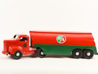 MINNITOYS B A  RED GREEN  FUEl TANKER