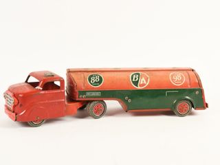 MARX B A  GREEN RED  FUEl TANKER