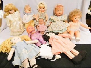 Dolls   9  Includes  2 Horseman
