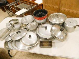 Pots   Pans  Vintage  lids