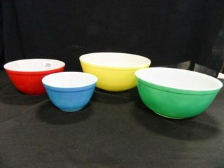 Pyrex Mixing Bowl Set   4