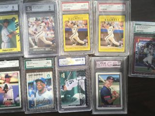 lot of 9 Professionally Graded Rookie Cards   8 Hall of Famer Rookie Cards