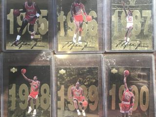 lot of 12 Michael Jordan Upper Deck Oversized Basketball Cards