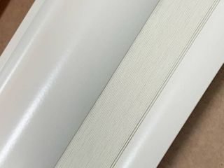 Bali Cream Blinds  1  W  27 3 4x H 40  Missing some hardware  Has some scuffs