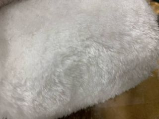 Heavenly Faux Area Rug   Soft   Plush Pile  needs washed