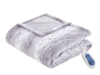 Beauty rest Zuri Reversible Oversized 50  x 70  Electric Faux Fur Throw Blanket Bedding