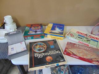 2 Puzzles   Board Games and Dominoes