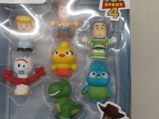Toy story 4 little people