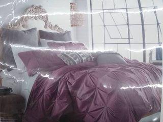 Full Queen comforter set