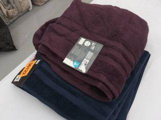 2 bath towels