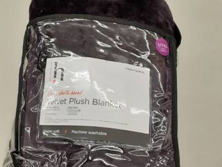Twin Velvet Plush Blanket