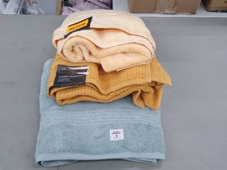 3 large towels mixed colors