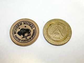 Wooden Nickel   1 Gaming Token Royal River Cas