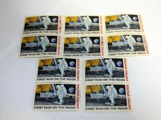 10   First Man On The Moon 10 Cent Stamps
