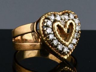 14K ORANGE GOlD   DIAMOND HEART RING