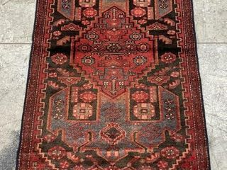 ZANJAN HAND KNOTTED WOOl RUNNER  6 4  X 2 7
