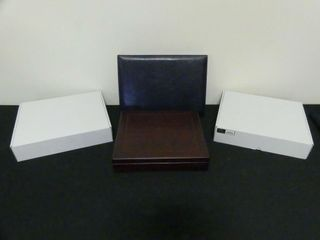 3 WOODEN   ONE lEATHER DISPlAY CASES