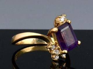 VINTAGE 14K GOlD DIAMOND AMETHYST COCKTAIl RING
