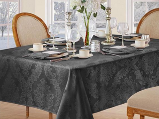 Elrene Barcelona 60  x 120  Tablecloth Set of two