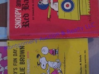 SNOOPY   PEANUTS BOOKS