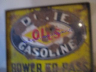DIXIE OIlS GASOlINE SIGN