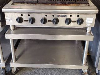36in Vulcan Gas Grill With Stand