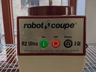 Robot Coupe R2 Ultra 3QT Base  Not Complete  No Accessories