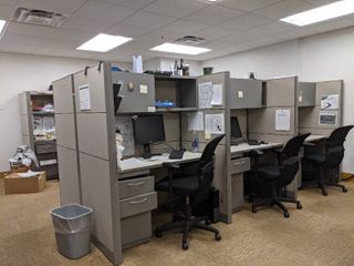 8 Cubicles With Chairs Contents Of Cubicles Not Included