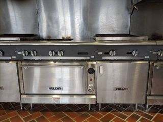 Vulcan Four Burner Oven With Grill