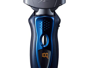 Panasonic Arc 4  es8243a  Rechargeable Shaver  Wet dry  4 Blade System Used