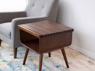 Mid Century Modern Connor Walnut End Table   0  Retail 159 99