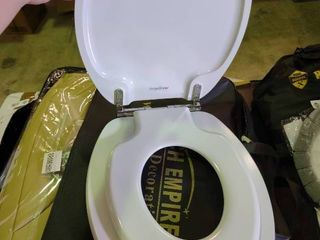 Angel Shield Toilet Seat with Built In Potty Training lid and Cover