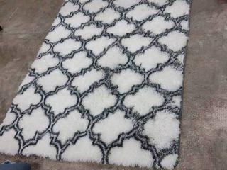 Ultra Soft Contemporary Shaggy Fuzzy Moroccan Geometric lattice 4 x6  Rug