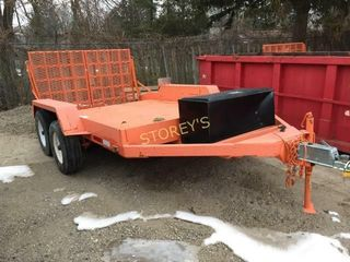 Tandem Axle Flat Bed Trailer w  loading