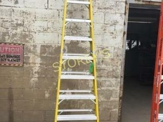 Featherlite 10  Step ladder