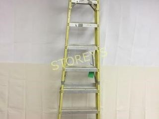 Featherlite 8  Step ladder