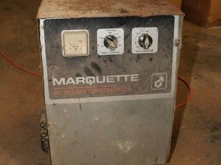 Marquette32 140 Battery Charger   Powers up