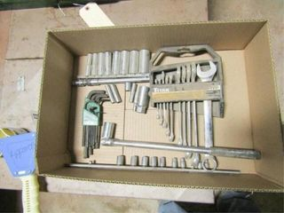 Sockets  driver  wrenches  allen wrenches