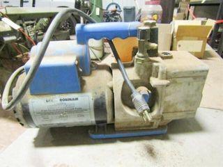 SPX Robinair Cooltech Vacuum Pump