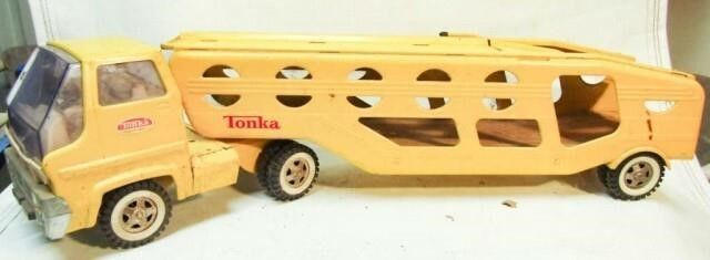 Vintage Tonka Car Carrier Truck   Trailer