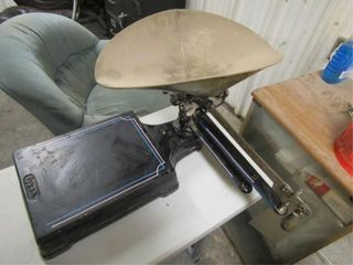 Vintage Oken Scale with Pan