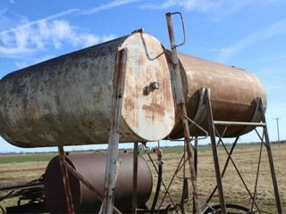 2 ea 500 gal fuel tanks with metal stands