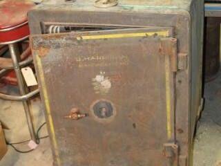 Vintage B  Harrigan Yale Safe