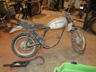 1972 HONDA Xl 250 Dirt Bike