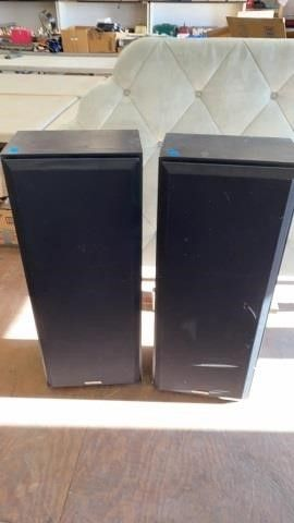 PAIR OF 3 FT KENWOOD SPEAKERS