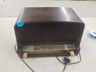 ANTIQUE GENERAl ElECTRIC RADIO