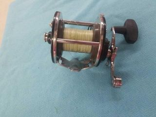 PENN 209 lEVEl WIND REEl