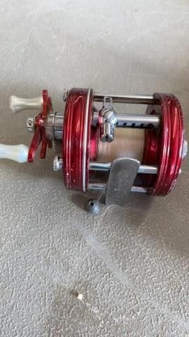ABU AMBASSADOR 5000 FISHING REEl
