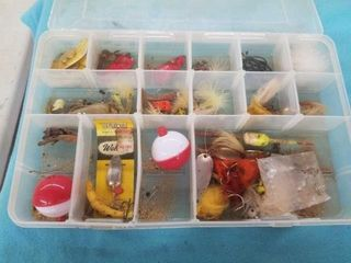 BOX OF FISHING SUPPlIES