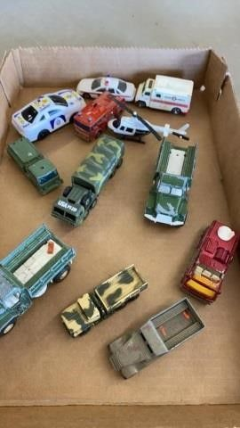 lITTlE MIlITARY VEHIClES AND SERVICE VEHIClES